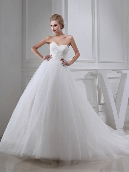 A-Line Sweetheart Neckline Chapel Train Lace Satin Tulle Strapless Wedding Dresses_1