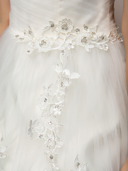 Ball Gown Square Neck Court Train Tulle Short Sleeve Wedding Dresses_10