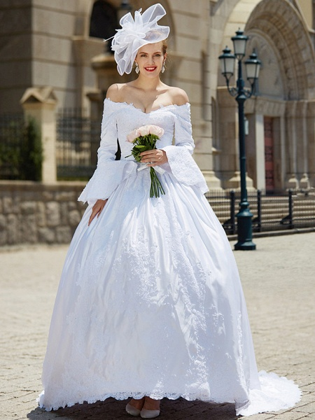 Ball Gown V Neck Chapel Train Satin Long Sleeve Wedding Dresses_4