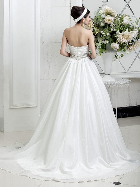 Princess A-Line Wedding Dresses Sweetheart Neckline Court Train Taffeta Sleeveless_4