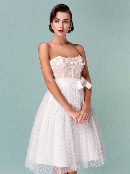 Princess A-Line Wedding Dresses Sweetheart Neckline Knee Length Tulle Strapless Little White Dress_6