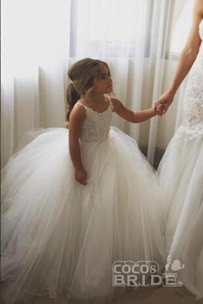 White Square Neckline Sleeveless Ball Gown Flower Girls Dress_6