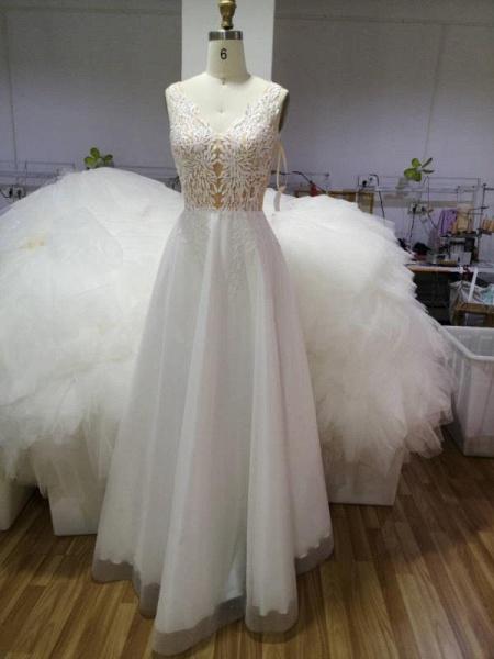 Elegant Sleeveless A-line Floral Appliques Wedding Dress_7