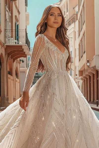 Long Sleeve V-neck Crystal Beads Backless Ball Gown Wedding Dresses_4