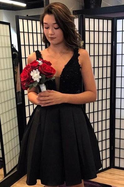 Short A-line V-neck Black Appliques Lace Prom Dresses