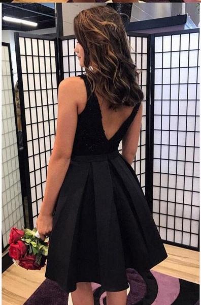Short A-line V-neck Black Appliques Lace Prom Dresses_2