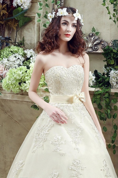 Sweetheart Strapless Lace Appliques Wedding Dress With Bowknot_4
