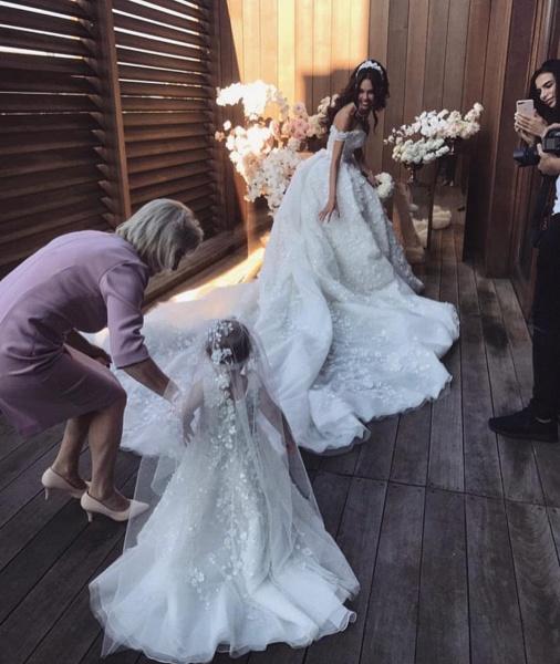 Off The Shoulder Appliques Luxury Wedding Dresses Princess Ball Gown Wedding Dress_4